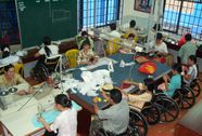 Giúp người khuyết tật hòa nhập