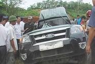 Xe chở gỗ lậu tông chết cán bộ kiểm lâm