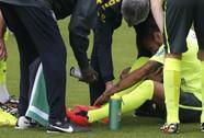 """Neymar chấn thương, tuyển Brazil lo """"sốt vó"""""""