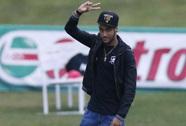 Neymar trở lại trại huấn luyện tuyển Brazil