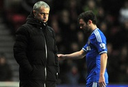 Mata chính thức xung đột với HLV Mourinho