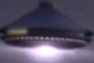 Đức: Hủy chuyến bay vì UFO