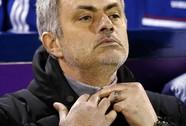 HLV Mourinho lại chỉ trích khả năng kết liễu đối phương của Chelsea