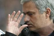 """Ông Mourinho sợ """"trọng tài khắc tinh"""" ám Chelsea"""
