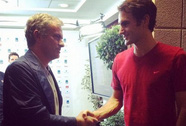 HLV Mourinho an ủi Murray sau thảm bại trước Federer
