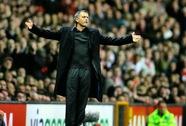 Thầy trò Mourinho lãnh án phạt nặng sau trận thua Sunderland