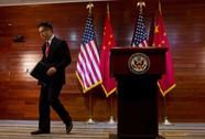 """Báo Trung Quốc gọi Đại sứ Mỹ là """"chó dẫn đường"""""""
