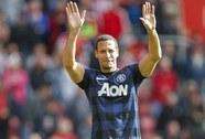 M.U chia tay Ferdinand, chào đón Luke Shaw