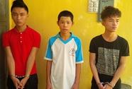 Khởi tố 3 tên cướp giật tài sản du khách