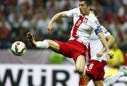 Thắng Đức 2-0, Ba Lan làm nên chiến tích lịch sử