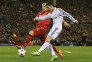 Liverpool thua tan nát ngày Ronaldo thăng hoa