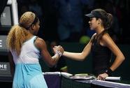 Serena Williams và Halep khởi đầu thuận lợi ở giải cuối mùa WTA