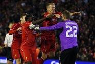 """Liverpool đánh bại Middlesbrough sau 15 loạt """"đấu súng"""""""