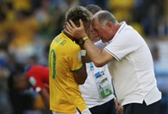 HLV Scolari thừa nhận Brazil ăn may