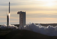 Mỹ cấm dùng động cơ tên lửa Nga