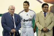 HLV Mourinho và Ronaldo thương tiếc huyền thoại Eusebio