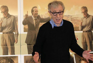 Không điều tra vụ Woody Allen bị tố sàm sỡ con gái nuôi