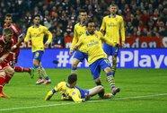 Arsenal ngược dòng bất thành