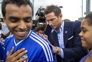 Lampard vẫn được CĐV Chelsea yêu mến dù khoác áo Man City