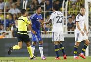 Bị đối phương chơi xấu, Costa hùng hổ đòi trả đũa