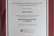 Techcombank cùng lúc được nhận hai giải thưởng
