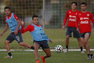 Sanchez muốn cản đường Neymar