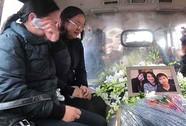 Đón di hài 3 mẹ con tử nạn vụ rơi máy bay MH17
