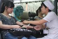 Hơn 300 CNVC-LĐ hiến máu tình nguyện