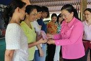 Tuyên dương 142 nữ CNVC-LĐ tiêu biểu