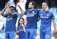 Chelsea giữ Terry, Cole và Lampard hồi hộp chờ