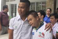 U19 Việt Nam thăm trẻ khuyết tật