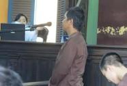 Nhiều lần hiếp dâm con của vợ, cha dượng lãnh 15 năm tù