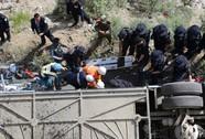 Tai nạn xe buýt thảm khốc, 44 người chết