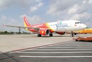 Máy bay VietJet Air phải quay đầu vì nữ hành khách gây rối