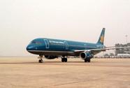 """Vietnam Airlines đối xử với hành khách như """"xe dù"""""""
