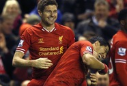 Đánh bại Sunderland, Liverpool thách thức Chelsea