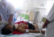 Vào bệnh viện nhảy lầu tự tử