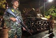 Quân đội Thái Lan đưa xe tăng vào thủ đô