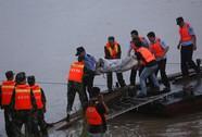 Lốc xoáy làm lật tàu ở Trung Quốc?