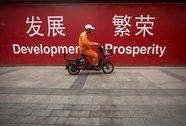 """GDP """"đẹp"""" không cứu nổi cổ phiếu Trung Quốc"""