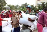 Quân đội hỗ trợ 4 tỉ đồng cho dân vùng hạn Ninh Thuận