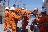 Truy tìm tàu hàng đâm tàu cá làm chết người