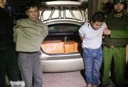 Ngày 29 Tết, bắt quả tang 200 bánh heroin trên xế hộp