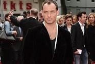 """Lãng tử Jude Law đã gặp đúng """"một nửa"""" đời mình?"""