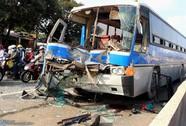 Ba xe khách gây tai nạn liên hoàn trên Quốc lộ 1