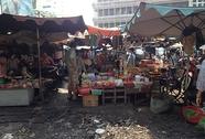 Biến đường thành... chợ