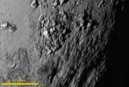 Những hình ảnh chấn động về sao Diêm vương