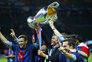 HLV Enrique ở lại đến 2017, Barcelona mơ nối dài vinh quang
