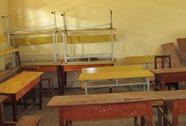 """Dễ dãi """"cho qua"""" hơn 5.300 bộ bàn ghế học sinh kém chất lượng"""