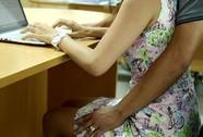 Bị quấy rối tình dục, sao phải báo trước 30 ngày?